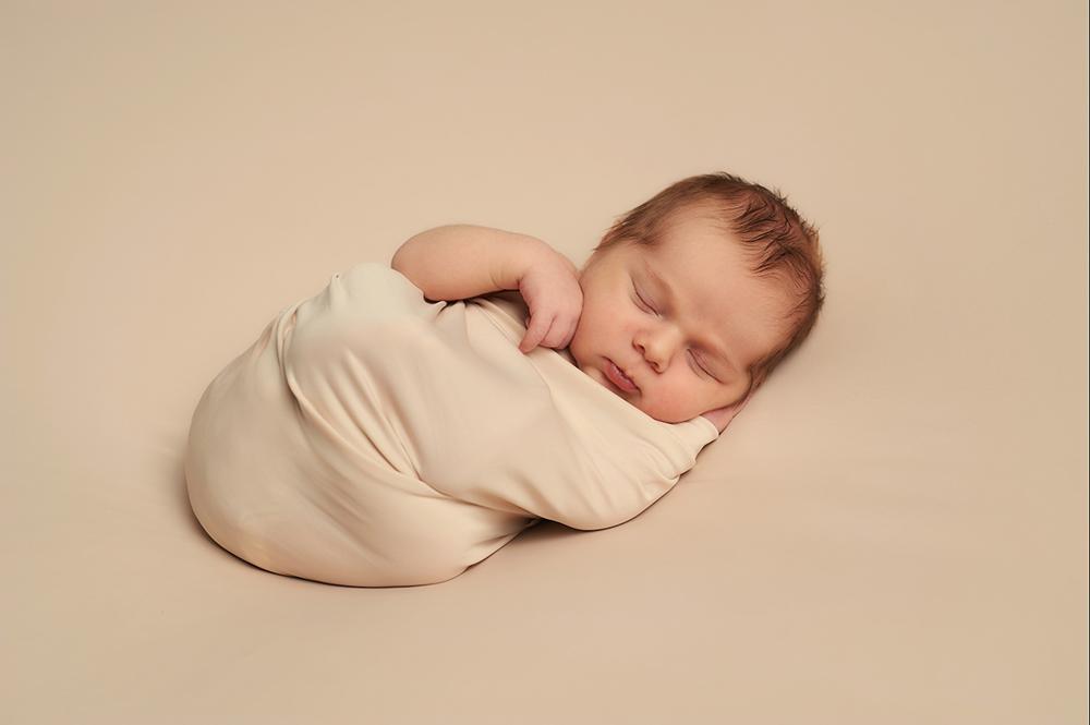 New born Leo